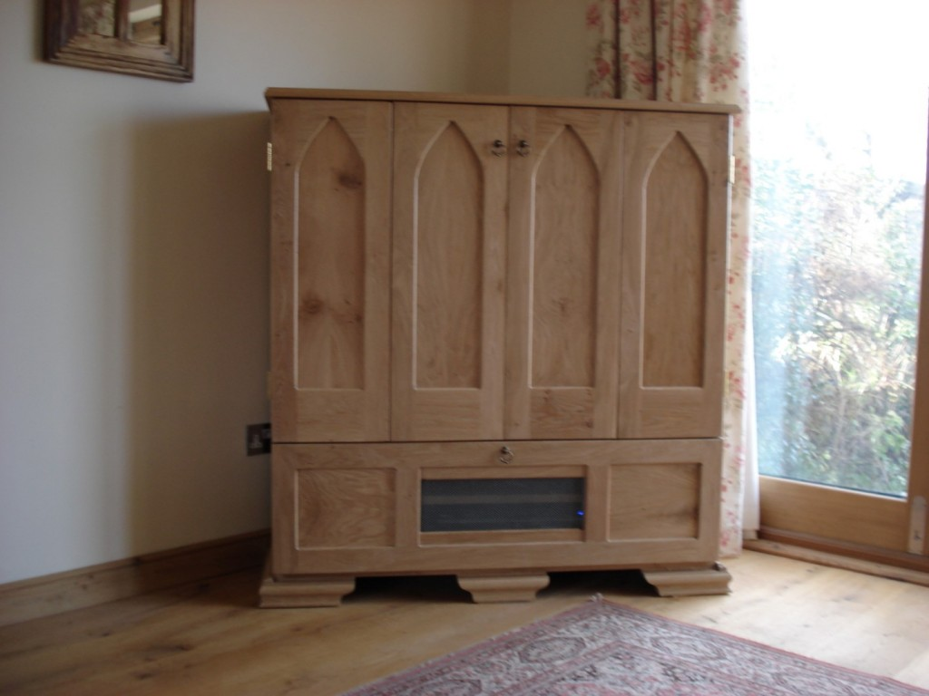 Hand Crafted Flat Screen Tv Cabiinet